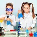 sitios-donde-ir-celebrar-cumpleaños-fiestas-niños-cientificos-ciencia-experimentos-
